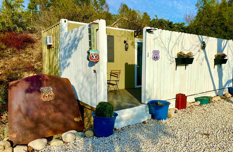Netbox_cozy-tinyhouse-container_1